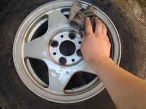 Как покрасить диски на авто своими руками?